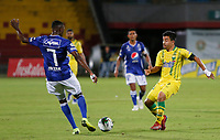BUCARAMANGA - COLOMBIA, 27-07-2019: Sherman Cardenas del Bucaramanga disputa el balón con Hansel Zapata del Millonarios durante partido por la fecha 3 de la Liga Águila II 2019 entre Atlético Bucaramanga y Millonarios jugado en el estadio Alfonso Lopez de la ciudad de Bucaramanga. / Sherman Cardenas of Bucaramanga fights for the ball with Hansel Zapata of Millonarios during match for the date 3 of the Liga Aguila II 2019 between Atletico Bucaramanga and Millonarios played at the Alfonso Lopez stadium of Bucaramanga city. Photo: VizzorImage / Oscar Martinez / Cont