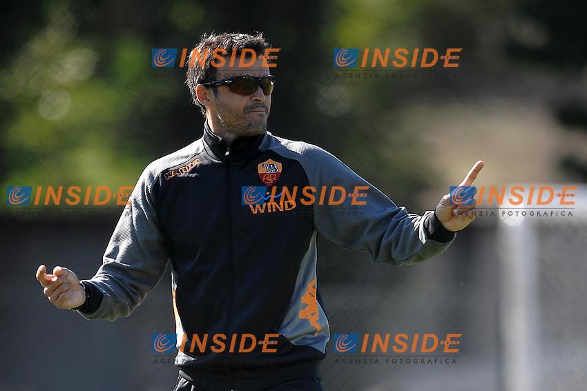 Luis ENRIQUE Allenatore della Roma - Coach.Roma 22/10/2011 Centro sportivo Trigoria.Football Calcio Serie A 2011/2012.Allenamento As Roma - Training.Foto Insidefoto Andrea Staccioli