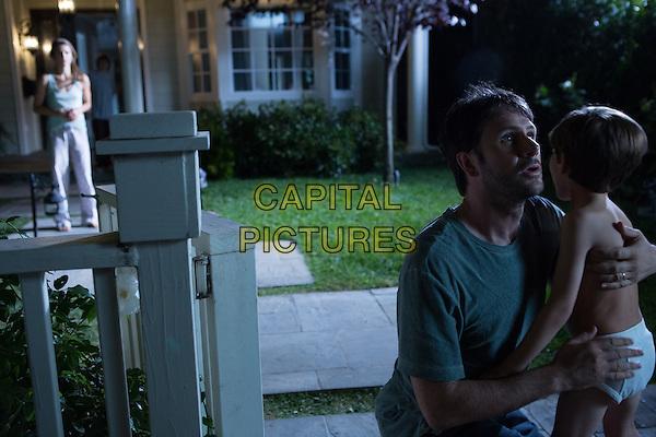 KERI RUSSELL, JOSH HAMILTON, DAKOTA GOYA.in Dark Skies (2013) .*Filmstill - Editorial Use Only*.CAP/FB.Supplied by Capital Pictures.
