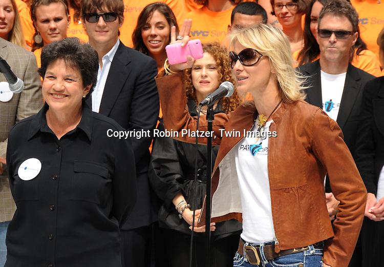 Kelley Menighan Hensley and Mayor Lois Frankel of West Palm Beach