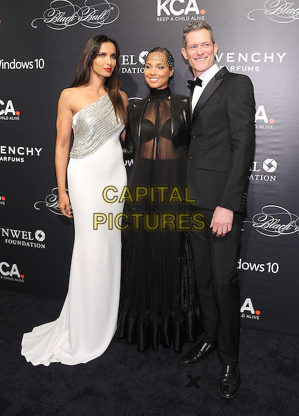NEW YORK, NY - NOVEMBER 05:Padma Lakshmi, Alicia Keys, Peter Twyman attends the 2015 'Keep A Child Alive' Black Ball at Hammerstein Ballroom on November 5, 2015 in New York City.<br /> CAP/MPI/STV<br /> &copy;STV/MPI/Capital Pictures