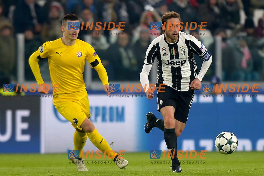 Ante Coric Dinamo, Claudio Marchisio Juventus <br /> Torino 07-12-2016 Juventus Stadium Football Calcio Champions League 2016/2017 Juventus - Dinamo Zagreb . Foto Filippo Alfero Insidefoto