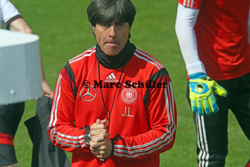 Bundestrainer Joachim Löw - Training der Deutschen Nationalmannschaft  zur WM-Vorbereitung in St. Martin