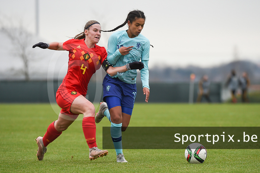 20190206 - TUBIZE , BELGIUM : Belgian Lea Cordier (L) and Dutch Esmee Brugts (R) pictured during the friendly female soccer match between Women under 17 teams of  Belgium and The Netherlands , in Tubize , Belgium . Wednesday 6th February 2019 . PHOTO SPORTPIX.BE DIRK VUYLSTEKE