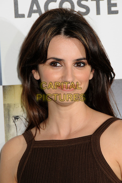 PENELOPE CRUZ .2009 Film Independent's Spirit Awards - Arrivals held at the Santa Monica Pier, Santa Monica, CA, USA, .21st February 2009..indie independent portrait headshot make-up eyeshadow brown  .CAP/ADM/BP.©Byron Purvis/Admedia/Capital PIctures