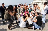 NAPOLI ESERCITAZIONE CONGIUNTA DI SOCCORSO DI CROCE ROSSA E VIGILI DEL FUOCO   PER EMERGENZA ONDA ANOMALA  .FOTO CIRO DE LUCA