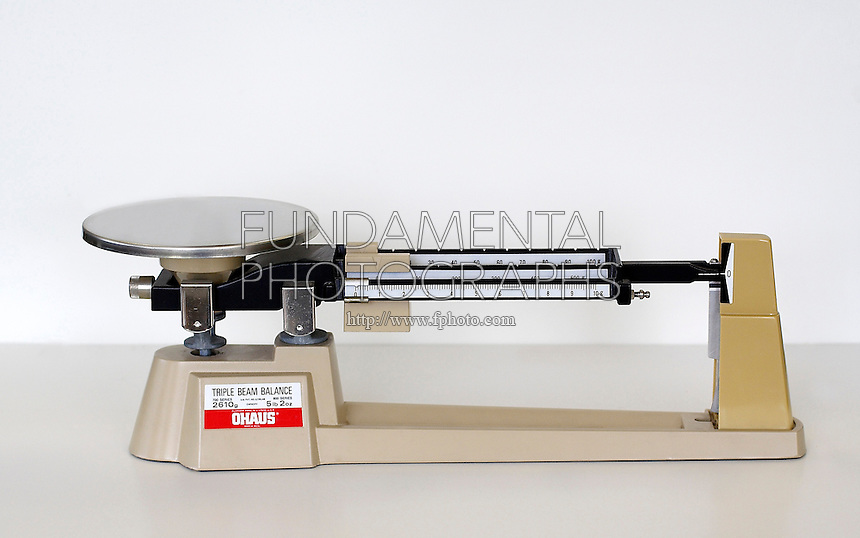 TRIPLE BEAM BALANCE<br />