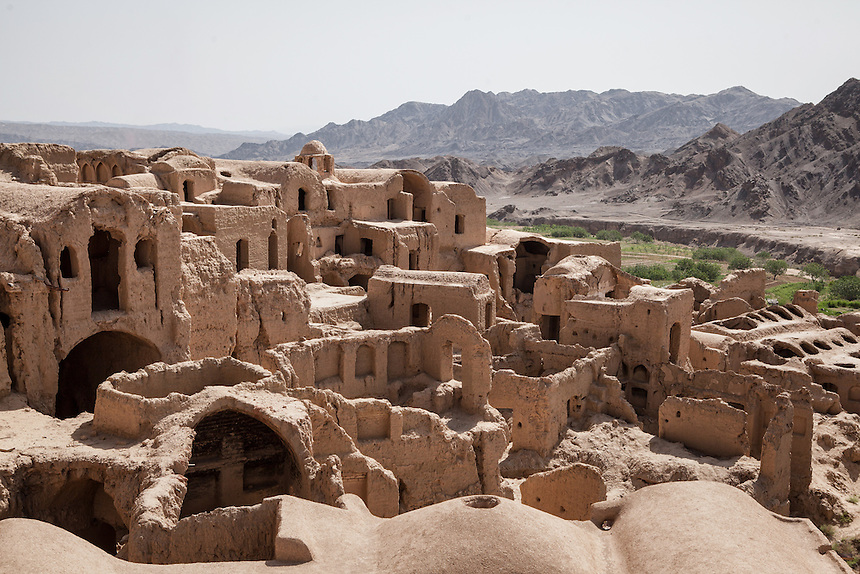 Ghost Town of Kharanaq, about 70 km from Yazd, is believed dated more than a thousand years.