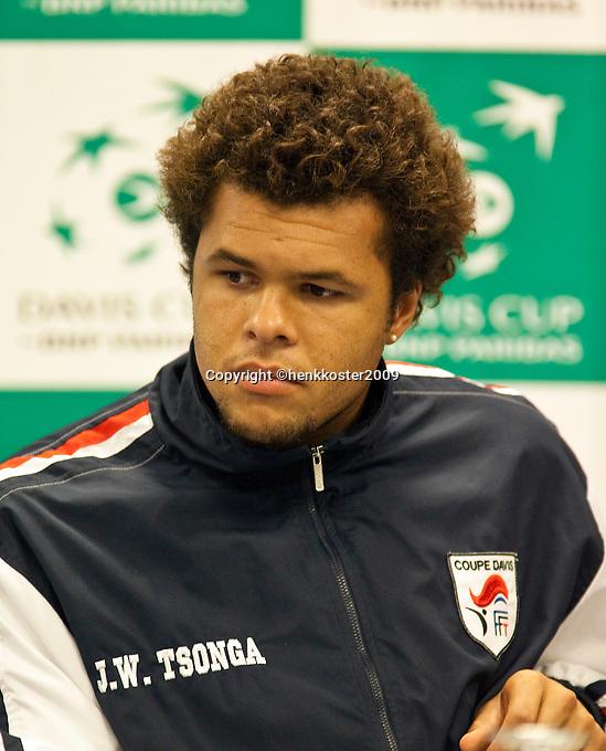 16-9-09, Netherlands,  Maastricht, Tennis, Daviscup Netherlands-France, Persconferentie Franse team, Jo-Wilfried Tjonga
