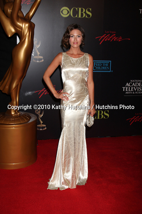 Elizabeth Hendrickson.arrives at the 2010 Daytime Emmy Awards .Las Vegas Hilton Hotel & Casino.Las Vegas, NV.June 27, 2010.©2010 Kathy Hutchins / Hutchins Photo....