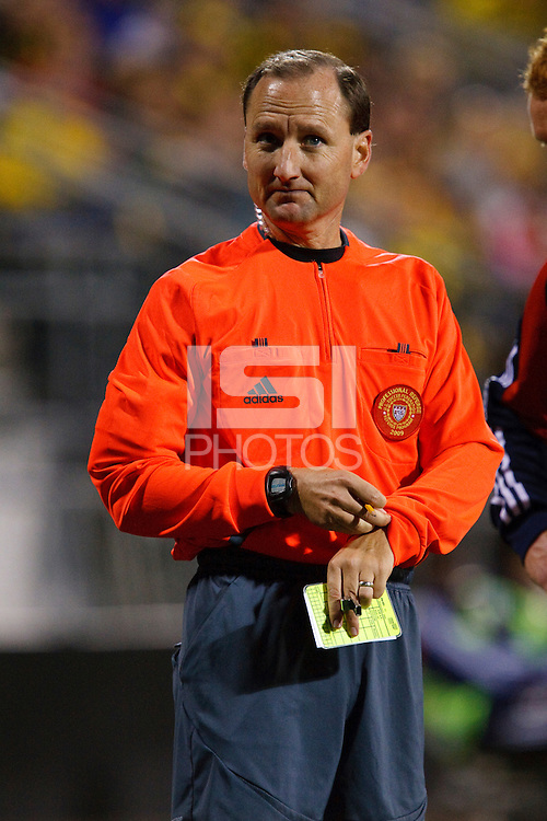 25 OCTOBER 2009:  Referee Kevin Stott during the New England Revolution at Columbus Crew MLS game in Columbus, Ohio on October 25, 2009.