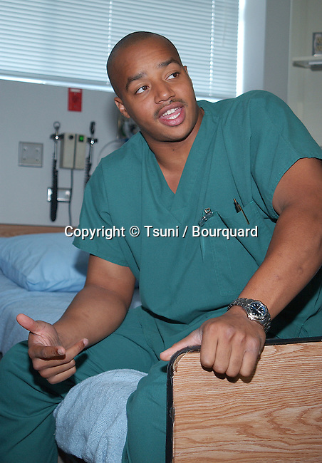 Donald Faison  On the set of Scrubs November 19, 2001.           -            FaisonDonald-9.jpg