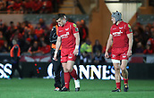 29th September 2017, Parc y Scarlets, Llanelli, Wales; Guinness Pro14 Rugby, Scarlets versus Connacht; Scott Williams of Scarlets has his left foot wrapped during the 2nd half but continues to play