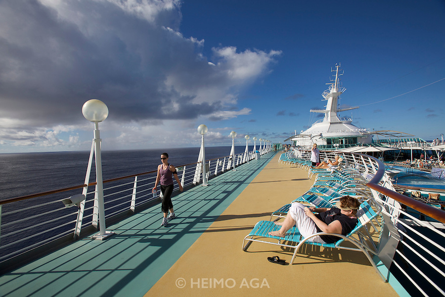 Aboard the Rhapsody of the Seas, on a cruise from Vancouver to Hawaii. The jogging and walking parcours.