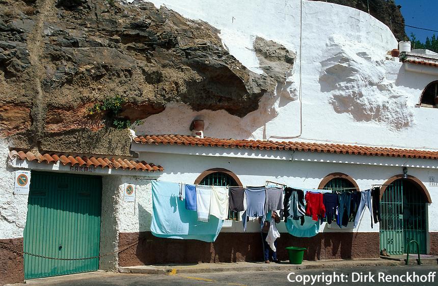 Spanien, Kanarische Inseln, Gran Canaria, Artenara, Hohlenwohnung