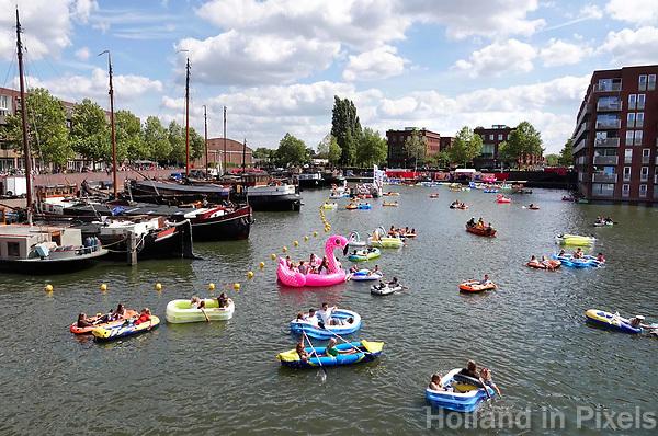 Nederland Utrecht 2018.  Utrecht Drijft in de Veilinghaven. Utrecht Drijft is de opvolger van Rubberboot Missie. Foto Berlinda van Dam / Hollandse Hoogte