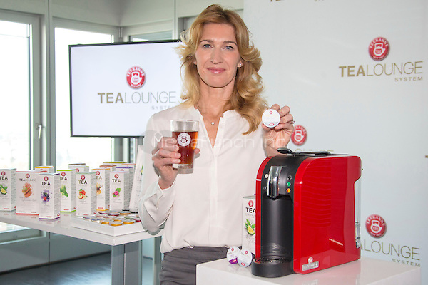 """September 17 2014 Steffi Graf presents the new """"Tealounge System"""" by TEEKANNE in hamburg, 17.09.2014. INS/MediaPunch *** USA ONLY**"""