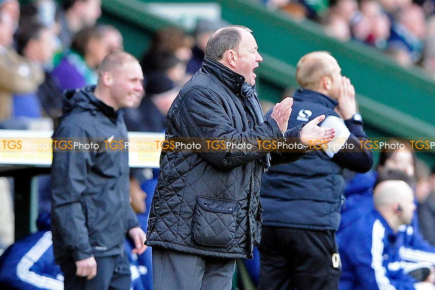 Yeovil Town Manager Gary Johnson ugses his team on from the touchline - Yeovil Town vs Bolton Wanderers - Sky Bet Championship Football at Huish Park, Yeovil, Somerset - 22/03/14 - MANDATORY CREDIT: Denis Murphy/TGSPHOTO - Self billing applies where appropriate - 0845 094 6026 - contact@tgsphoto.co.uk - NO UNPAID USE