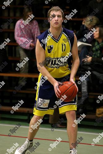 2010-01-17 / Basketbal / seizoen 2009-2010 / Antwerp Giants 2 - BBC Geel / Yannick Nicasi..Foto: mpics