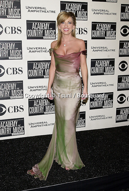 Lee Ann Womack backstage at the 36th Academy of Country Music Awards held at the Universal Amphitheater in Los Angeles, CA, Wednesday, May 9, 2001. 129_WomackLeeAnn06.JPG