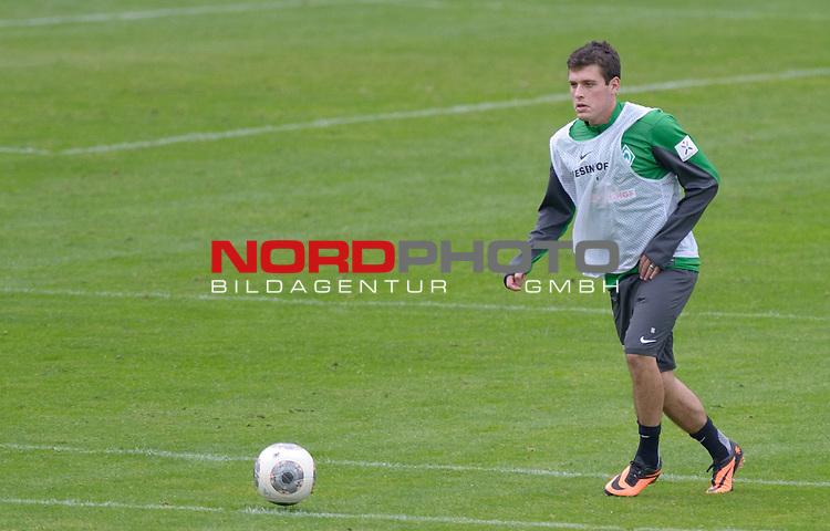 25.09.2013, Trainingsgelaende, Bremen, GER, 1.FBL, Training Werder Bremen, im Bild Zlatko Junuzovic (Bremen #16)<br /> <br /> Foto &copy; nph / Frisch