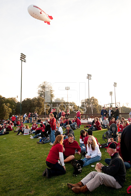 STANFORD, CA - NOVEMBER 26: The Stanford Cardinal competes against Notre Dame at Stanford Stadium.