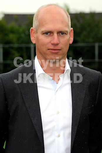GENEMUIDEN -  presentatie selectie SC Genemuiden, topklasse zaterdag seizoen 2011-2012 25-06-2012 ass trainer Andre de Boer.
