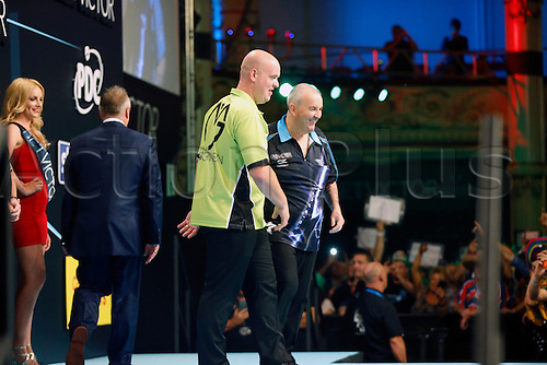24.07.2016. Empress Ballroom, Blackpool, England. BetVictor World Matchplay Darts. Michael van Gerwen laughs and jokes with Phil Taylor