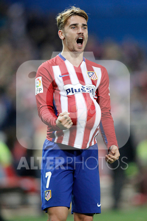 Atletico de Madrid's Antoine Griezmann celebrates goal during La Liga match. November 8,2015. (ALTERPHOTOS/Acero)
