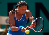 Dinara Safina (RUS) (1) against Anne Keothavong (GBR) in the first round of the Women's Singles. Safina beat Keothavong 6-0 6-0..Tennis - French Open - Day 2 - Mon 25th May 2009 - Roland Garros - Paris - France.Frey Images, Barry House, 20-22 Worple Road, London, SW19 4DH.Tel - +44 20 8947 0100.Cell - +44 7843 383 012