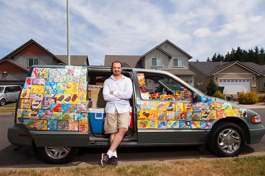 Efrain Escobar is an indep[endent ice creak salesman in Salem Oregon