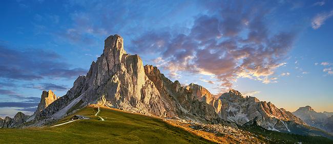 Nuvolau mountain at sunset above the Giau Pass (Passo di Giau), Colle Santa Lucia, Dolomites, Belluno, Italy