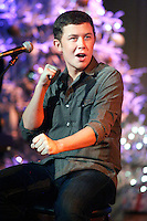 WEST CHESTER, PA - OCTOBER 23 :  Scotty McCreery , American Idol Season 10 winner performing on QVC in West Chester, Pa on October 23, 2012  © Star Shooter / MediaPunch Inc /NortePhoto