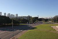 SÃO PAULO, SP, 27/05/2012, CLIMA TEMPO.<br /> <br />  O sol apareceu forte na manhã desse Domingo (27) na capital paulista.<br />  Na foto o Pq do Ibirapuera, foto aerea feita apartir de Drone.<br />  Luiz Guarnieri/ Brazil Photo Press