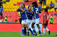 BOGOTA - COLOMBIA, 21-07-2019: Angie Castañeda de Millonarios celebra después de anotar el primer gol de su equipo durante partido por la fecha 2 de la Liga Femenina Águila 2019 entre Millonarios y Fortaleza CEIF jugado en el estadio Nemesio Camacho El Campin de la ciudad de Bogotá. / Angie Castañeda of Millonarios celebrates after scoring the first goal of his team during match for the date 2 of the Aguila Women League 2019 between Millonarios and Fortaleza CEIF played at the Nemesio Camacho El Campin Stadium in Bogota city. Photo: VizzorImage / Gabriel Aponte / Staff.