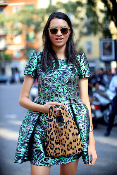 Milao, Italia&sbquo; 19/09/2013 - Moda de rua durante a Semana de moda de Milao  -  Verao 2014. <br /> Foto: FOTOSITE
