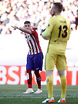 Atletico de Madrid's Jose Maria Gimenez (l) and Jan Oblak during La Liga match. April 30,2016. (ALTERPHOTOS/Acero)