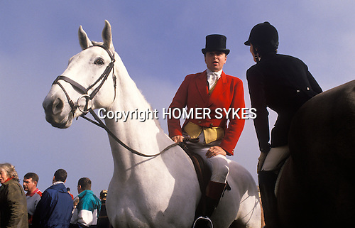 Fox hunting with hounds the Heythrop Hunt England