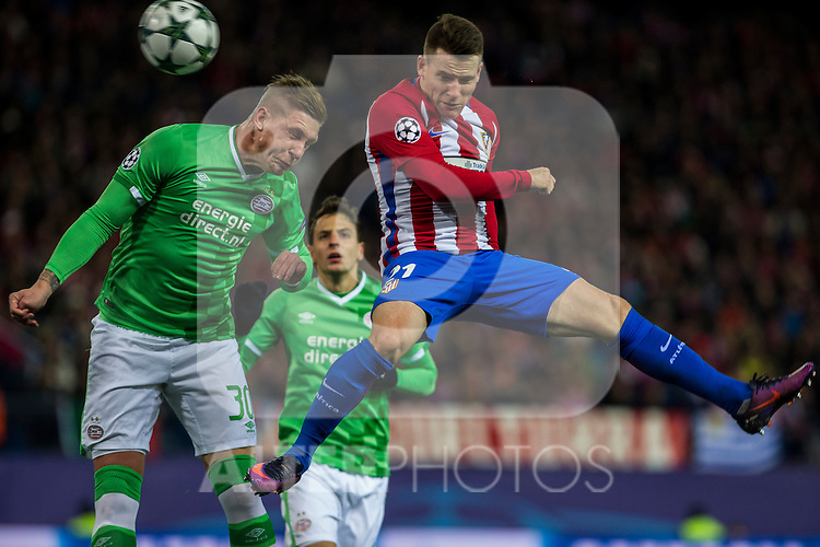 PSV Eindhoven's Jordy De Wijs and Atletico de Madrid's Kevin Gameiro during the Champions League match between Atletico de Madrid and PSV Eindhoven at Vicente Calderon Stadium in Madrid , Spain. November 23, 2016. (ALTERPHOTOS/Rodrigo Jimenez)