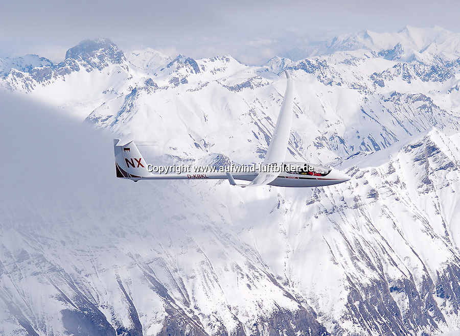 Segelflug, Segelflugzeug, ASH 25 EB, NX, Doppelsitzer, Offene Klasse, NX, Ulrich Knauss, Welle, in der Welle, Lentikularis, Alpensegelflug