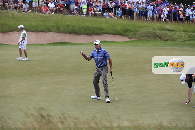 Steve Stricker (USA) sinks his birdie putt on the 5th green during Saturday's Round 3 of the 117th U.S. Open Championship 2017 held at Erin Hills, Erin, Wisconsin, USA. 17th June 2017.<br /> Picture: Eoin Clarke | Golffile<br /> <br /> <br /> All photos usage must carry mandatory copyright credit (&copy; Golffile | Eoin Clarke)