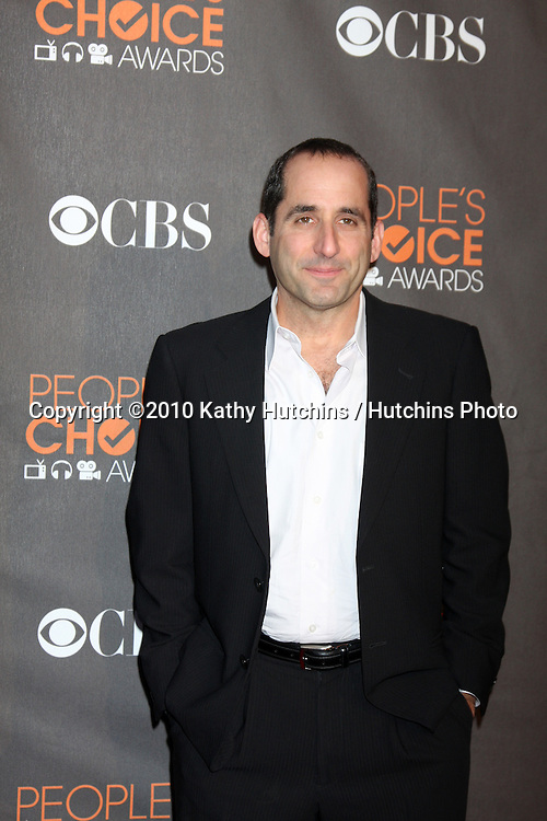 Peter Jacobson.arriving  at the 2010 People's Choice Awards.Nokia Theater.January 6, 2010.©2010 Kathy Hutchins / Hutchins Photo.