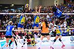 11.05.2019, Scharrena, Stuttgart<br />Volleyball, Bundesliga Frauen, Play-offs Finale, 5. Spiel, Allianz MTV Stuttgart vs. SSC Palmberg Schwerin<br /><br />Block / Doppelblock Britt Bongaerts (#7 Schwerin), Beta Dumancic (#11 Schwerin) - Angriff Krystal Rivers (#13 Stuttgart)<br /><br />  Foto © nordphoto / Kurth