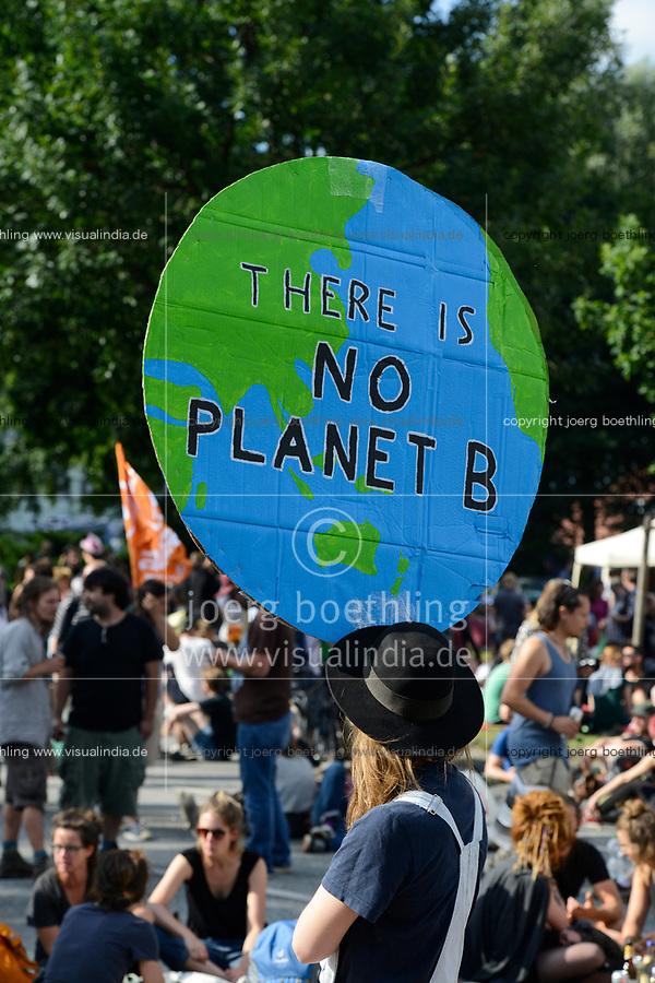GERMANY, Hamburg, protest rally on St. Pauli against G-20 summit in july 2017 / DEUTSCHLAND, Hamburg, St. Pauli, Protest Demo gegen G20 Gipfel in Hamburg