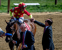 SARATOGA SPRINGS, NY - AUGUST 25: Mike Smith shakes hand with Abel Tasman connections after winning the Personal Ensign Stakes on Travers Stakes Day at Saratoga Race Course on August 25, 2018 in Saratoga Springs, New York. (Photo by Scott Serio/Eclipse Sportswire/Getty Images)