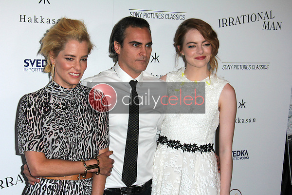 Parker Posey, Joaquin Phoenix, Emma Stone<br />