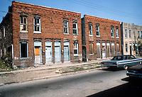 1978 July ..Redevelopment.Huntersville 1&2 (R-70)..200 BLOCK WIDE STREET...NEG#.NRHA# 5581..