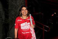 SAO PAULO, SP, 18 DE FEVEREIRO 2012 - CAMAROTE BAR BRAHMA - A cantora Roberta Miranda e vista no Camarote Bar Brahma, no primeiro dia de desfiles do Grupo Especial do Carnaval de Sao Paulo, na noite deste sabado 18, no Sambodromo do Anhembi regiao norte da capital paulista. (FOTO: MILENE CARDOSO - BRAZIL PHOTO PRESS).