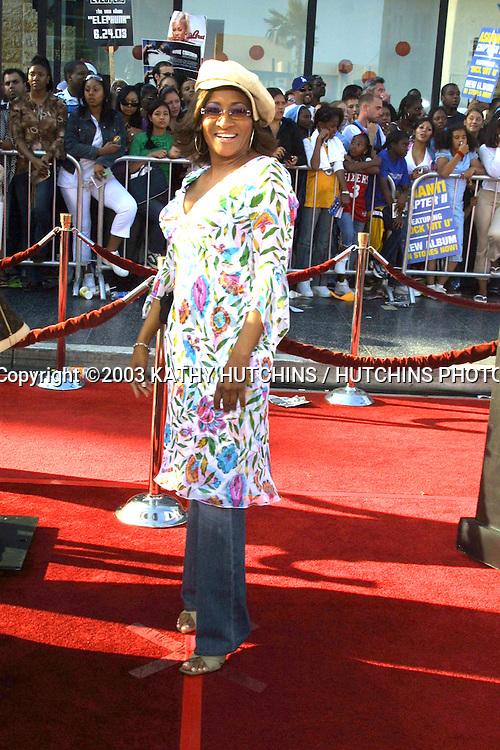 ©2003 KATHY HUTCHINS / HUTCHINS PHOTO AGENCY.3rd BET Awards.Kodak Theater.Hollywood, CA.JUNE 24, 2003..WANDA SYKES