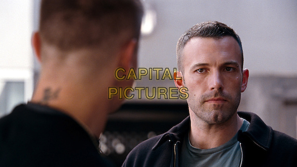 JEREMY RENNER & BEN AFFLECK.in The Town.*Filmstill - Editorial Use Only*.CAP/FB.Supplied by Capital Pictures.